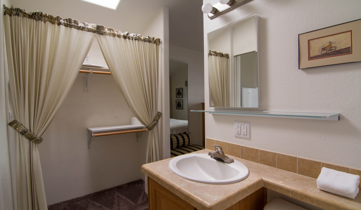 Arden Acres - Full bathroom at Arden Acres Extended Stay