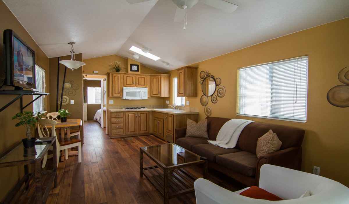 Single wide cabin with full kitchen, bath, and bedroom